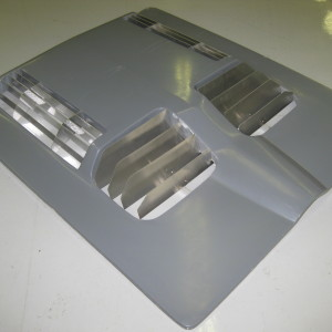 "4 Hole louvered ""Daytona"" Hood w/louvers"